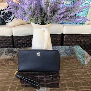 NWT Tory Burch Parker Leather Continental Wallet